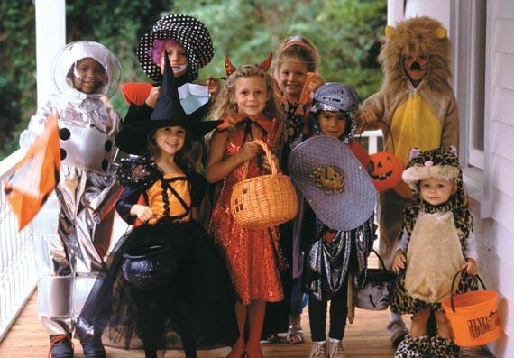 Aller demander des bonbons pour Halloween comme aux USA